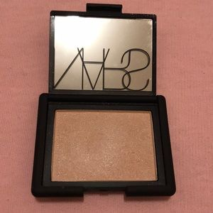 Nars blush in reckless